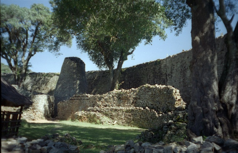 Picture of the Great Enclosure, part of the Great Zimbabwe ruins (courtesy of Wikimedia).